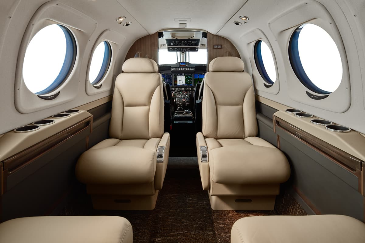 Beechcraft King Air C90GTx 1