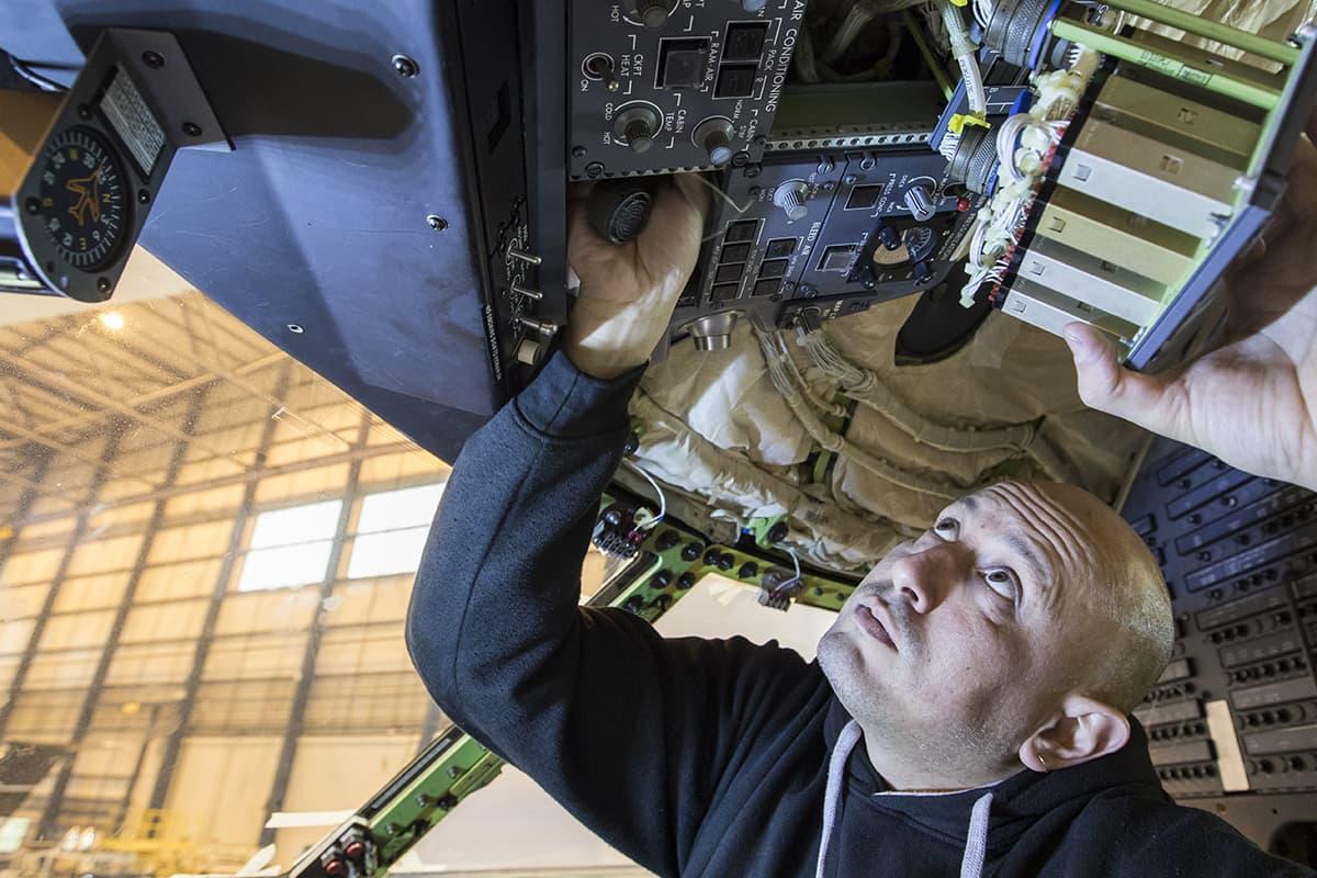 Bombardier Challenger maintenance